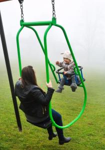memory swing seat